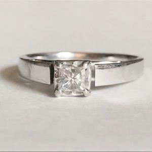Jewelry - 14k diamond ring ❤️